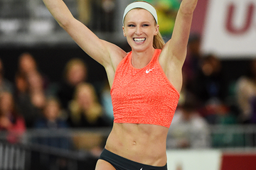 Sandi Morris celebrates her pole vault victory at the US Indoor Championships (Kirby Lee)