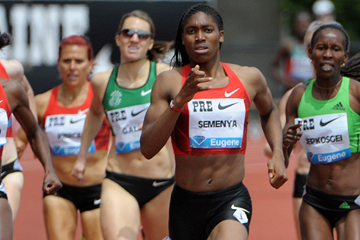 Caster Semenya wins the 800m at the Diamond League meeting in Eugene (Kirby Lee)