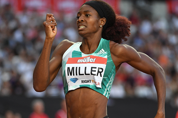 Shaunae Miller in the 400m at the IAAF Diamond League meeting in London (Kirby Lee)