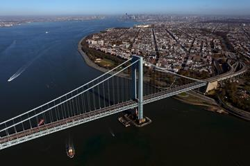 Runners on the Verrazano-Narrows Bridge during the 2011 New York City Marathon (Getty Images)