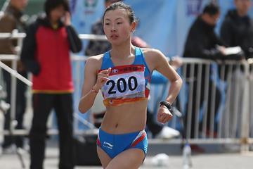 Lu Xiuzhi on her way to an Asian 20km race walk record in Beijing (Cao Can)