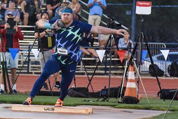 Ryan Crouser throws 23.01m in Tucson (Paul Merca)