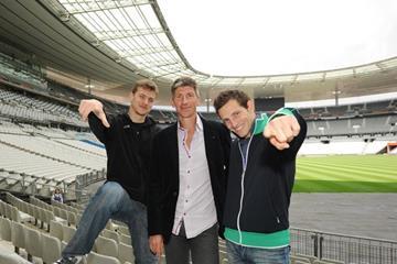 Laurent Boquillet (c) with French athletes Christophe Lemaitre (l) and Renaud Lavillenie (Laurent Boquillet)