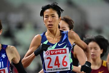 Hitomi Niiya on the way to the Japanese national 10,000m record in Osaka (Getty Images)