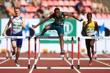 Sokwakhana Zazini wins the 400m hurdles at the IAAF World U20 Championships Tampere 2018 (Getty Images)