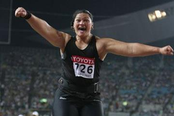 All smiles and then some! Valerie Vili after winning the World Shot Put title (Getty Images)