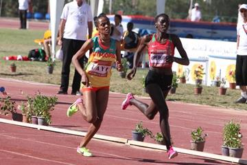 Joyline Cherotich outsprinting Fantu Worku Taye to take the 1500m at the African junior championships (organisers)