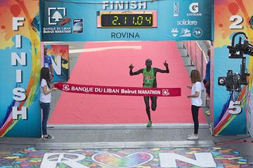 Jackson Limo wins the Beirut Marathon (Bob Ramsak / organisers)