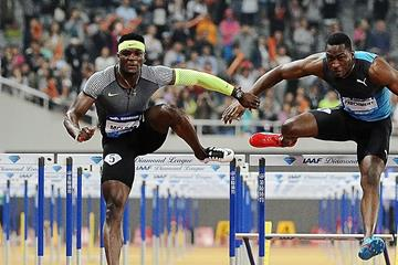 Omar McLeod en route to winning the 110m hurdles at the 2016 IAAF Diamond League meeting in Shanghai (Errol Anderson)