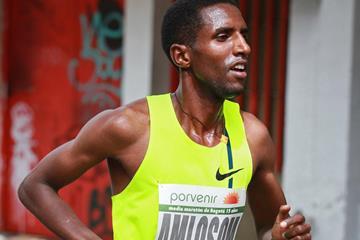 Eritrean distance runner Nguse Amlosom (Victah Sailer)