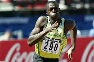 Usain Bolt of Jamaica wins his 200m heat at the 2003 World Youth Championships (Getty Images)
