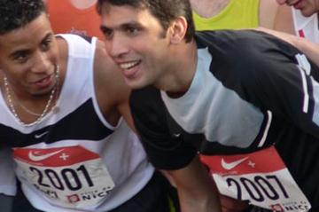 Hicham El Guerrouj at the start of the Prom Classic 10km road race in Nice (IAAF)
