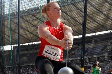 Betty Heidler spins to a 77.40m meet record in Berlin (Gladys Chai van der Laage)