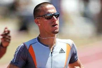 Jeremy Wariner wins the 400m at the 2005 USATF champs (Getty Images)