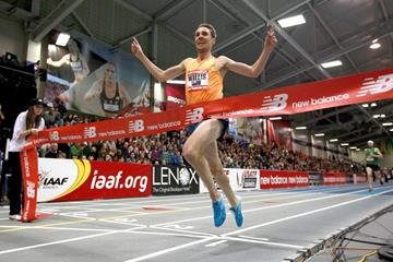 Nick Willis wins the mile at the 2015 New Balance Indoor Grand Prix in Boston (Victah Sailer)