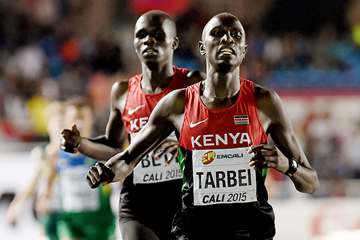 Kenya's Willy Tarbei wins the 800m from Kipyegon Bett (Getty Images)