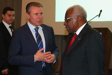 Sergey Bubka and IAAF President Lamine Diack (Getty Images)
