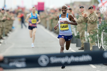 Mo Farah wins the Great North Run (AFP / Getty Images)