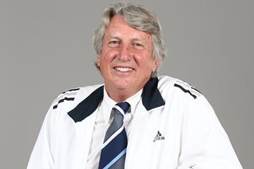 Dick Fosbury ()