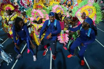 Members of the USA team celebrate with Junkanoo dancers after the IAAF/BTC World Relays Bahamas 2017 (Getty Images)