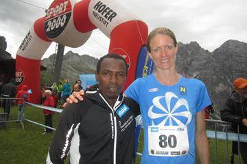 Petro Mamu and Andrea Mayr after their victories in Telfes im Stubai (WMRA / Organisers)