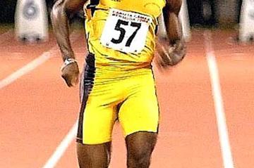 Antigua-Barbuda's Daniel Bailey - sprint double at 2005 CARIFTA Games (Dwayne Minors)