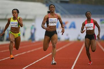 Lashauntea Moore joins the sub-11 club with her 10.97 dash in Maringá (Fernando Pilatos/CBAt)