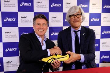 IAAF President Sebastian Coe and Asics Director Naoki Matsushita ahead of the IAAF World Athletics Championships Doha 2019 (Getty Images)