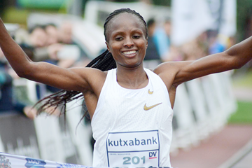 Hellen Obiri wins at the Cross Internacional Juan Muguerza (Asociación ANOC)