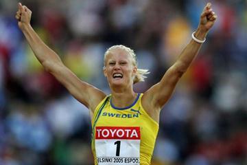 Carolina Kluft of Sweden celebrates winning gold in the Heptathlon (Getty Images)