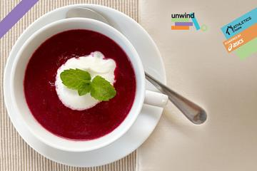Beetroot soup (Mara Yamauchi)