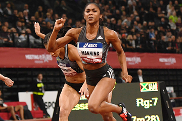 USA's Christina Manning in action in the 60m hurdles (AFP / Getty Images)