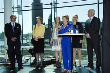 The Ministry of Culture (Lena Adelsohn Liljeroth), The Swedish Sports Confederation (President Karin Mattsson Weijber , Swedish Sports Education (President Pia Zätterström) the Karolinska Institute (Headmaster Harriet Wallberg-Henriksson and the Swedish Olympic Organization (President Stefan Lindeberg) gave their gift to Prof Arne Ljungqvist (far left), 9th May 2011  (Björn Tilly, Bildbyrån)