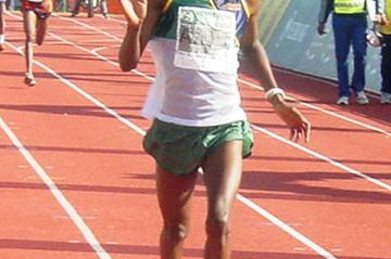 Boy Soke winning South African 10Km title in Stellenbosch (Mark Ouma)