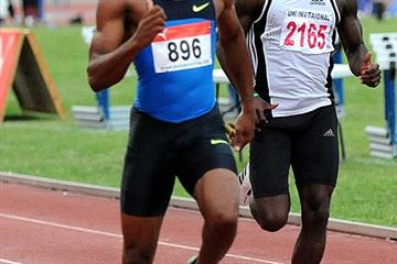 Asafa Powell kicks out the rust at his season opener in Kingston, winning his 400m heat in 47.56 (TrackAlerts.com)
