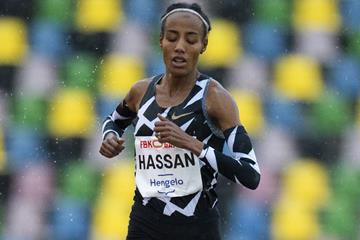 Sifan Hassan en route to the European 10,000m record in Hengelo (Global Sports Communication)