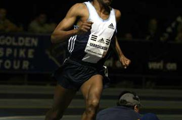 Haile Gebrselassie floats to 3000m win in Boston (Victah Sailer)