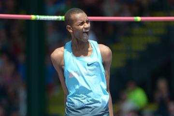 Mutaz Essa Barshim at the 2013 IAAF Diamond League meeting in Eugene (Kirby Lee)