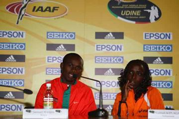 Lornah Kiplagat of the Netherlands and Samuel Wanjiru of Kenya during the Press Conference (Getty Images)