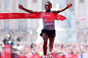 Tsegaye Kebede of Ethiopia regains his London Marathon crown (Getty Images)