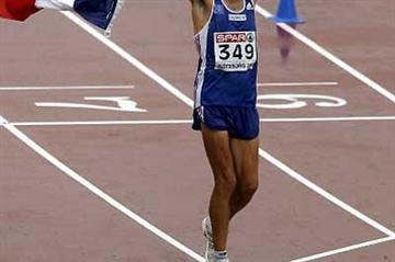 Yohan Diniz of France celebrates after winning gold in the men 50km walk day four of the 19th European Athletics Championships, Gothenburg, Sweden (Getty Images)