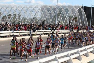Start of the women's race at the World Half Marathon Championships Valencia 2018 (Jean-Pierre Durand)