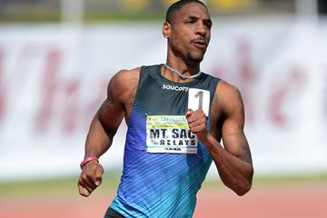 Duane Solomon on his way to winning the 800m at the Mt SAC Relays (Kirby Lee)
