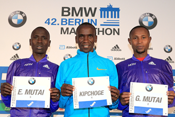 Emmanuel Mutai, Eliud Kipchoge and Geoffrey Mutai ahead of the Berlin Marathon (Victah Sailer / organisers)