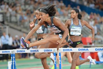 Kendra Harrison winning at the 2016 Diamond League meeting in Paris (Jiro Mochizuki)