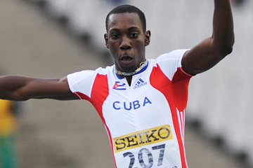 Cuba's Pedro Pablo Pichardo on his way to victory in the triple jump (Getty Images)