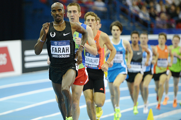 Mo Farah in action at the Birmingham Indoor Grand Prix (AFP / Getty Images)