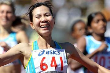 Vietnam's Truong Thanh Hang wins the 800m at the 2011 Asian Championships (Getty Images)
