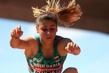 Aleksandra Nacheva of Bulgaria jumps to triple jump gold at the IAAF World U20 Championships Tampere 2018 (Getty Images)