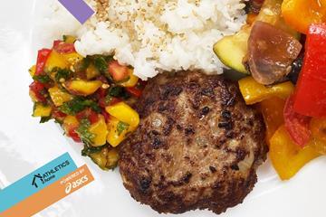 Tofu and beef burgers (Mara Yamauchi)
